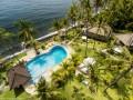 Před resortem jsou dvě lokality - krásný korálový útes a vrak Relax Bali wreck.